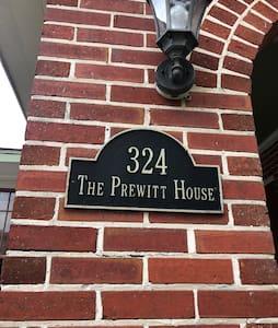 The Prewitt House.....bungalow