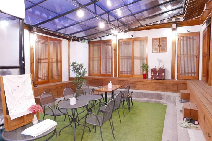 경복궁점(OPEN SALE) 비빔밥게스트하우스 1인실