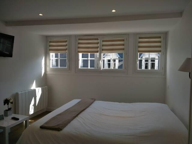 La chambre de Clothilde   ( 3 ème étage )