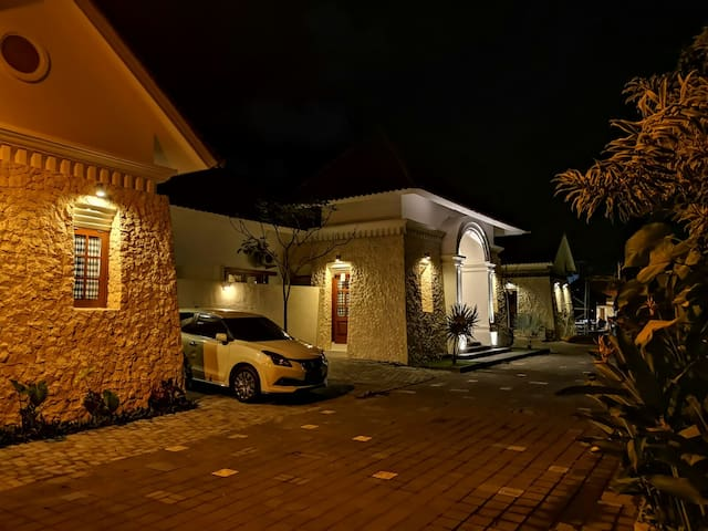 Omatha Villa