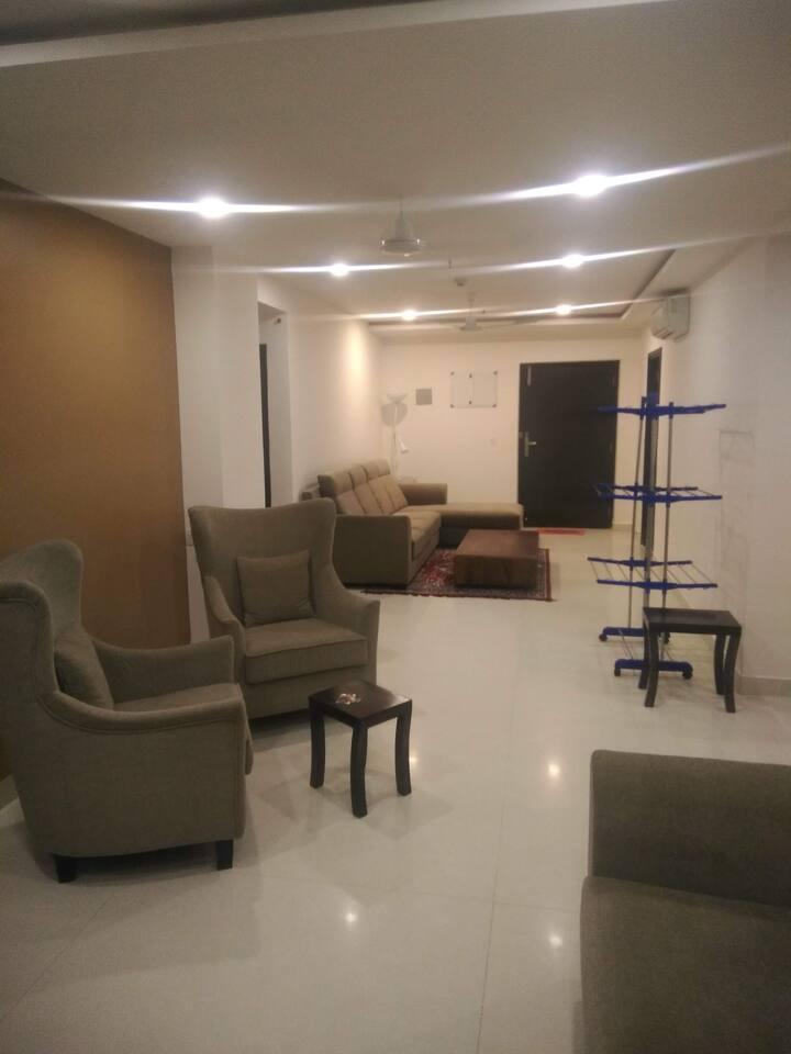 Residen Inn GolfEdge, Room Pearl(27th Floor)