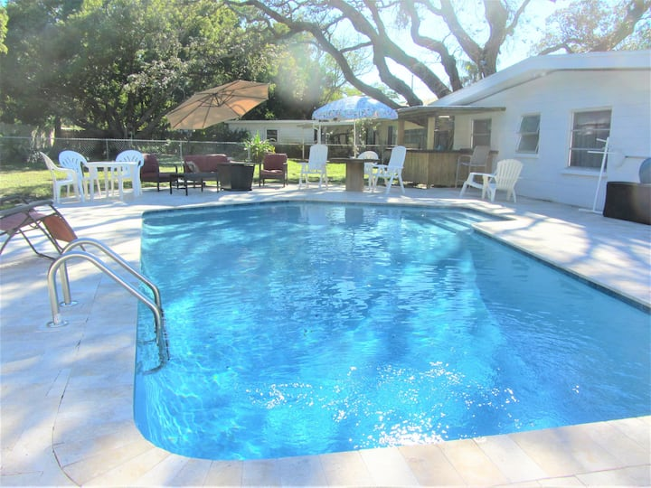 Walking Distance to Beach is this adorable home!