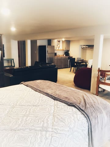 Huge Basement Suite Close to All Colorado offers!