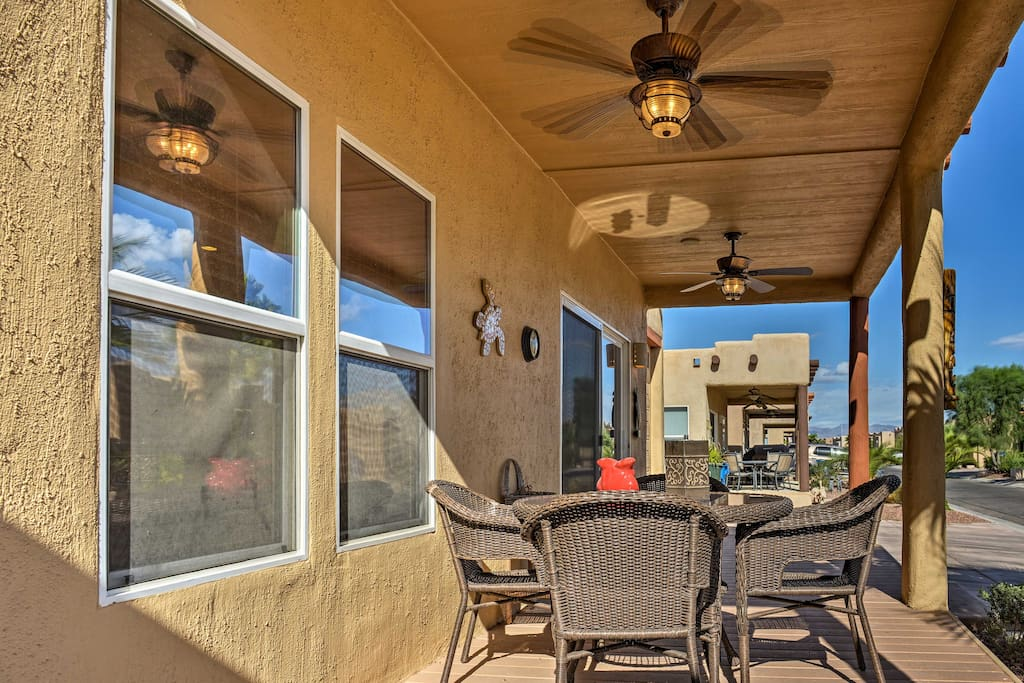 Enjoy relaxing on the home's private front deck in the balmy desert sunshine.