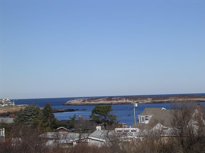 Ocean view kingsize south end studio