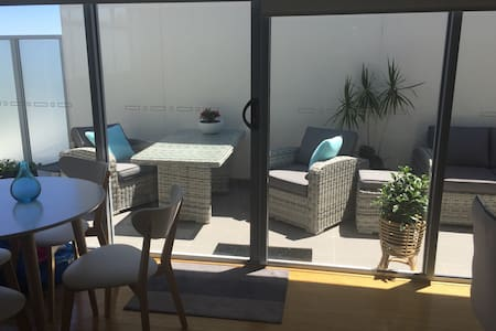 Bright, comfortable  friendly host - Mordialloc - Pis