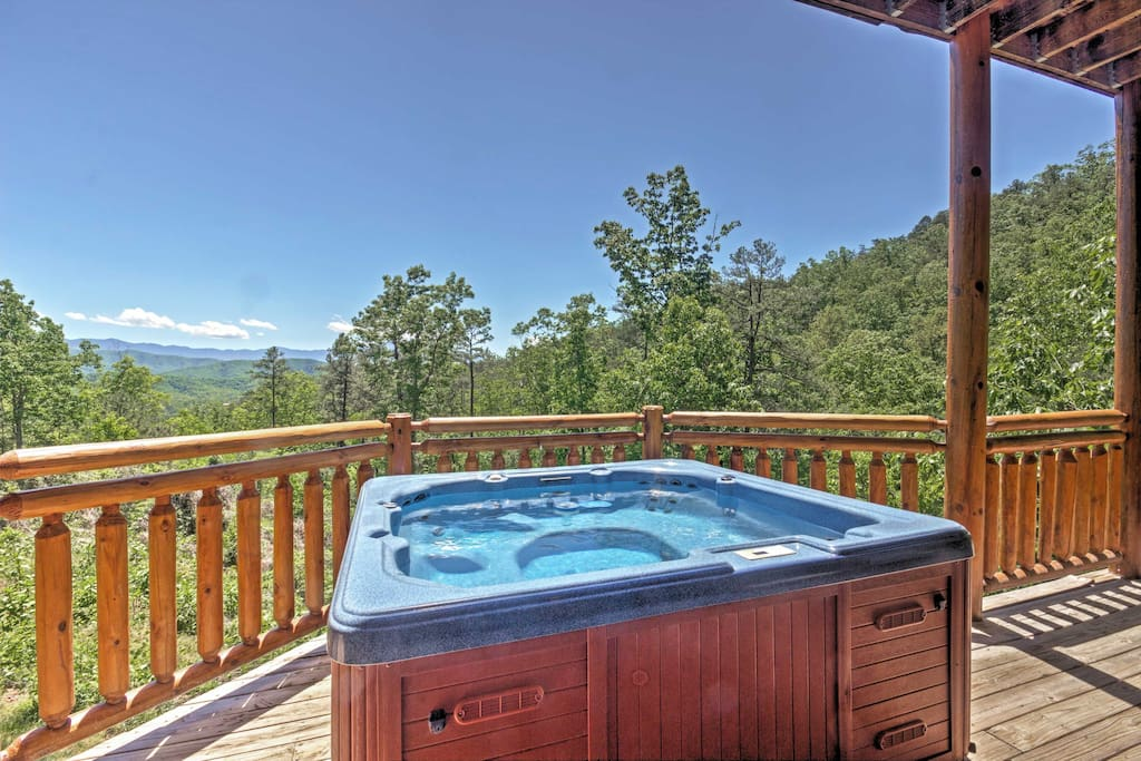 Stunning views of the mountains and surrounding forests can be seen from all parts of this home.