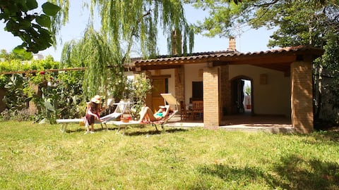 Villa in beautiful countryside, 6km from the sea.