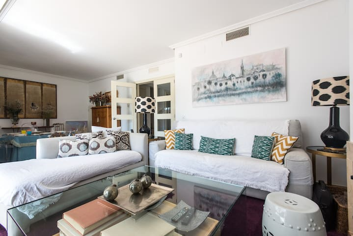 Agradable habitación en campo golf - Alcalá de Guadaíra - Penzion (B&B)