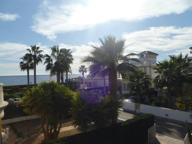 Wonderful Villa on the beach