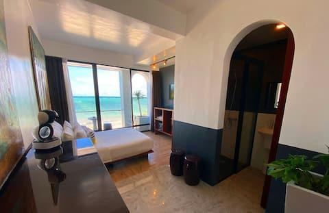 Chambre simple avec balcon, vue sur l'océan, plage de Bulabog