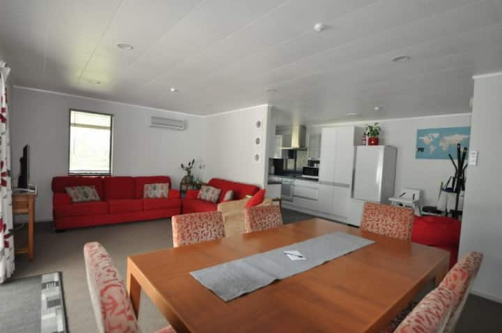 House at Lime Tree. Near Waitomo. Space & Comfort