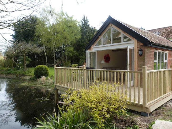 Willow Cottage in rural Suffolk near Framlingham