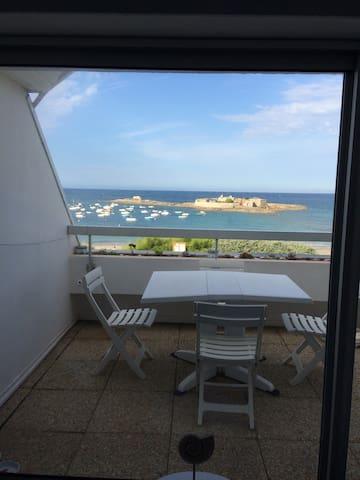 Bel appartement face au fort bloqué - Ploemeur - Lägenhet