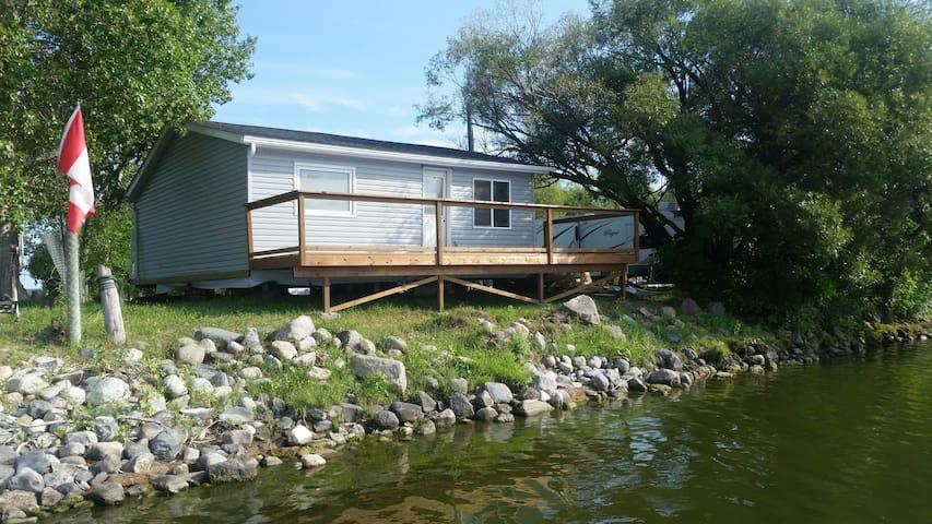 Lakefront Cabin!