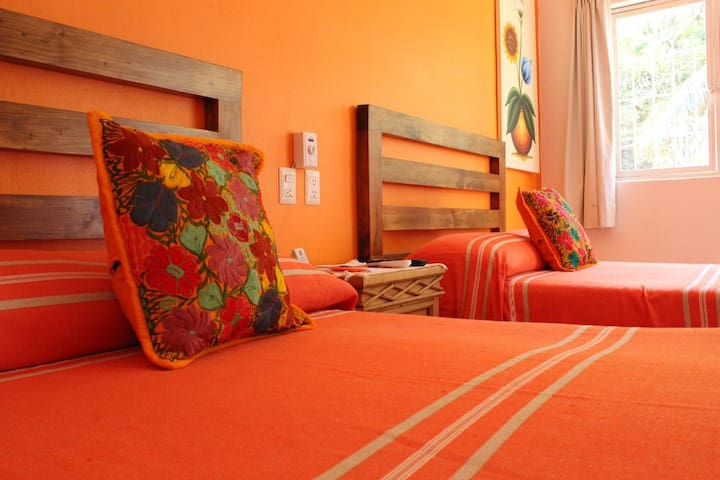 Habitación para 4 personas en Hotel Colores