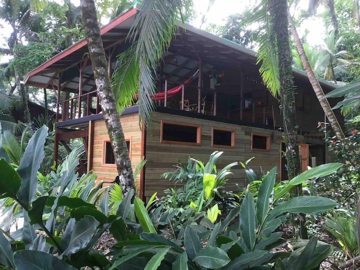 Kelly's Island House