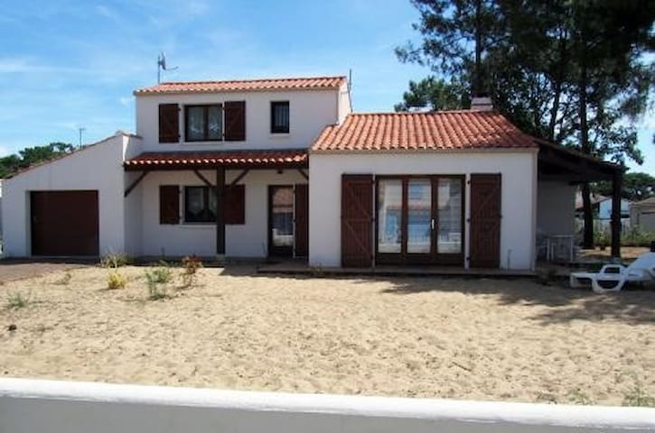 Villa proche mer - La Tranche-sur-Mer - Villa