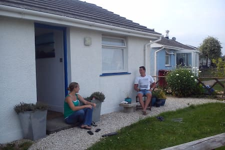 Cosy modern coastal 2bd cottage - Haverfordwest