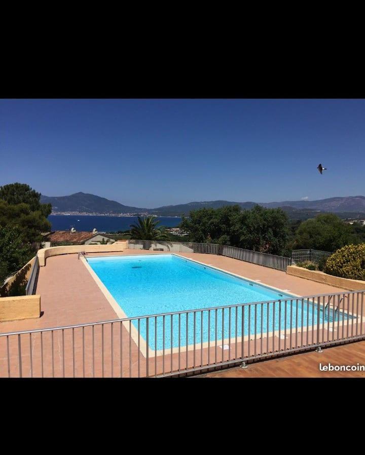 PORTICCIO Maison F2 avec terrasse&accès 2 piscines