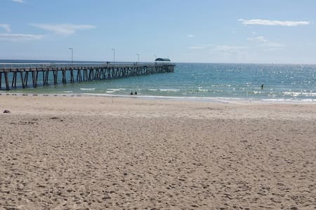 Explore, relax and enjoy! - Henley Beach
