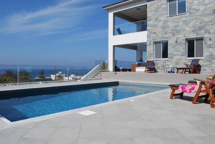 Mariza seaview villa - Pomos - Huvila