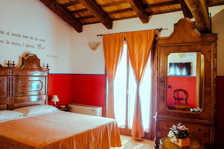 An agriturismo in the Venetian hinterland, a stone's throw from Venice and Padua