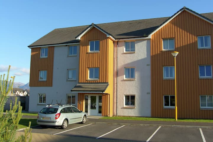 Bynack - 2 Bedroom, 2 Bath Apartment in Aviemore
