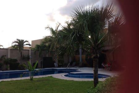 Semana Santa y Pascua en Cancún - Канкун - Дом