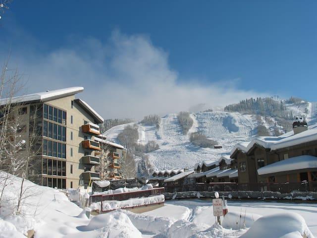 Ski In/walk out Condo - Стимбоут-Спрингс - Кондоминиум