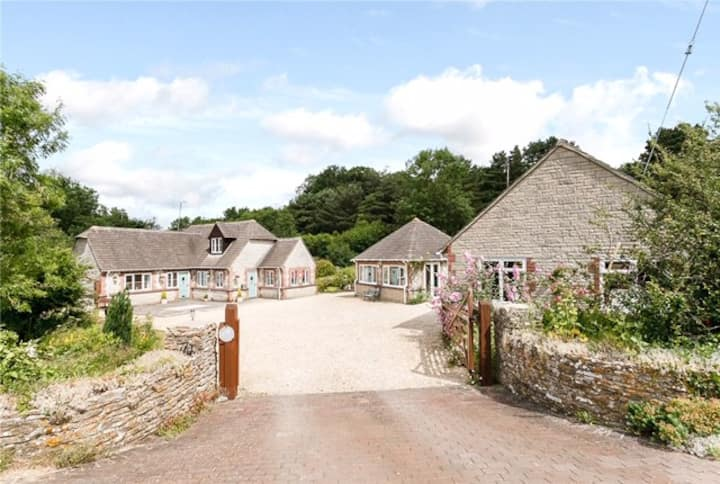 Dartbury Lodge, South Cotswolds