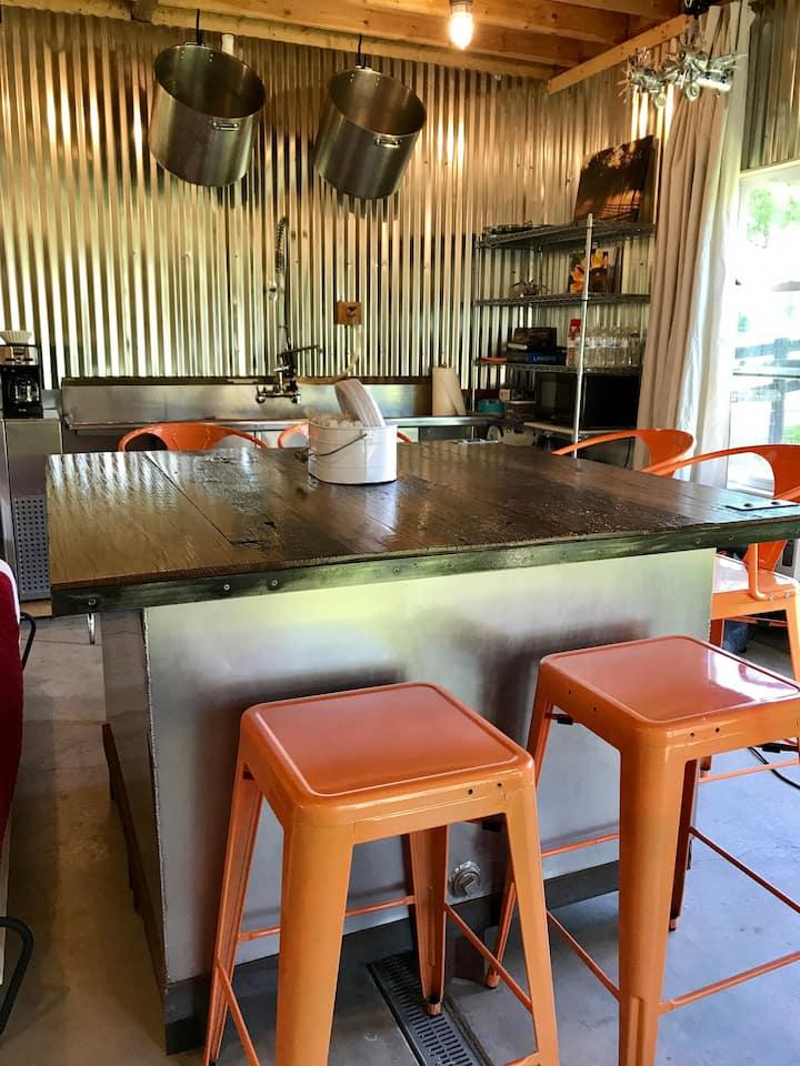 The Kitchen at StoneLedge