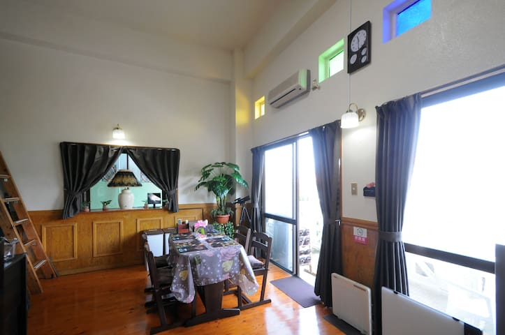 Relaxing resort place near beach/Free parking - Onna-son - Appartement