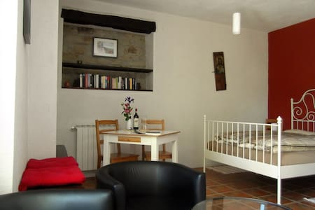 Apartment/Studio Classico   at Casavabene B&B - Murazzano