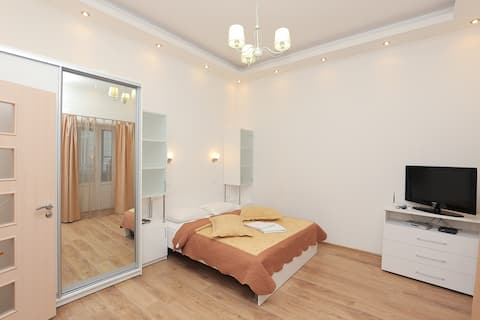20 Mykhailivsky lane studio apartment