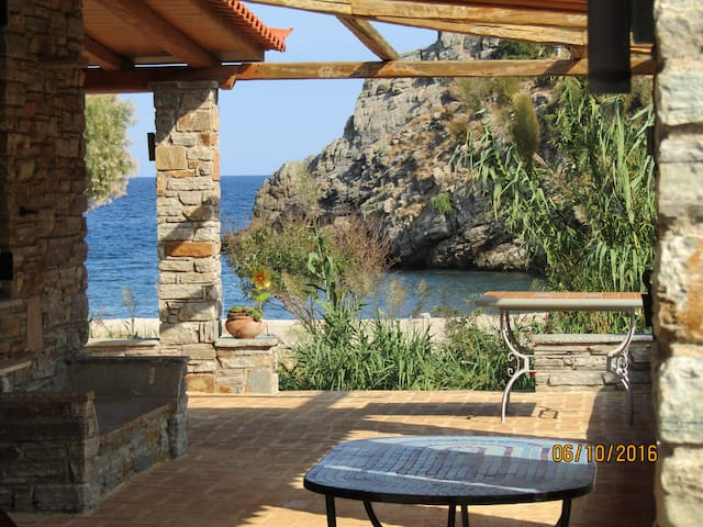 villapetramarina, beach house, island Evia, Greece - Nea Stira - วิลล่า
