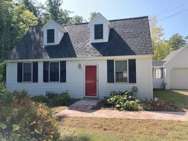 Charming Private New England Cape