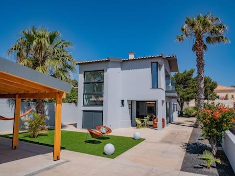 Studio Flat -A Casa do Gois, near centre and beach