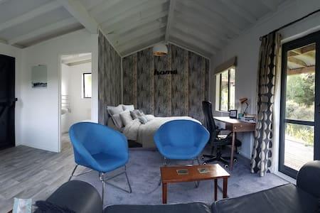 Studio Cabin - Mangawhai