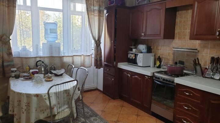 Уютная семейная 3 комнатная квартира