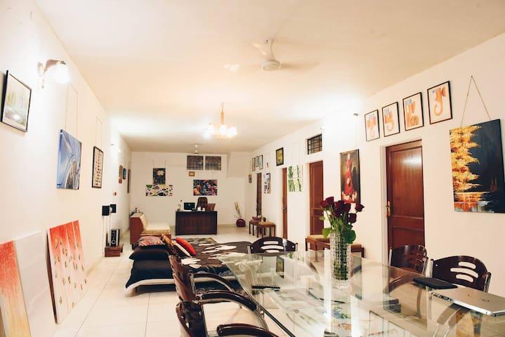 ArtWorks By Mahak - Stay , Paint , Create with Mj! - Jaipur - Apartamento