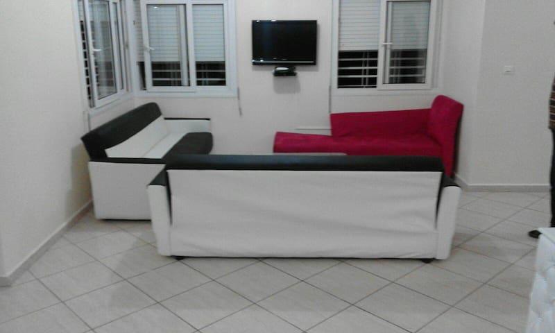Beach Side 6 Bedrooms Cozy Villa 1099