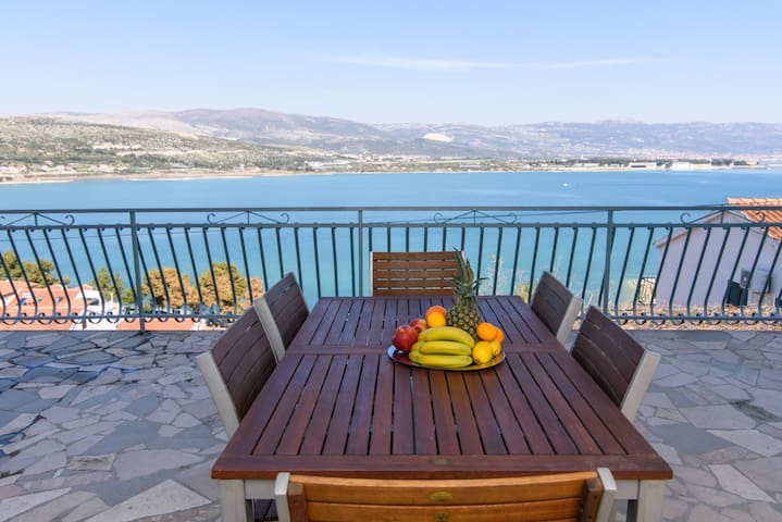 TROGIR apartment- sea view - Mastrinka - Huoneisto
