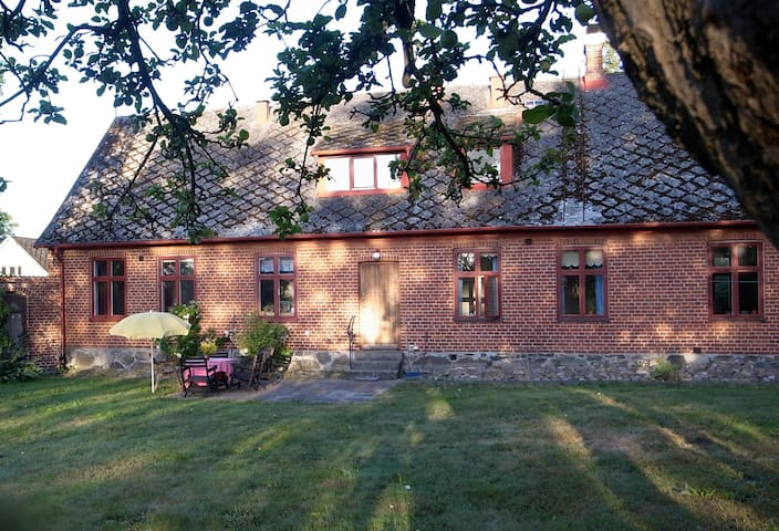 Enjoy country living, near cities. - Hörby - Bed & Breakfast