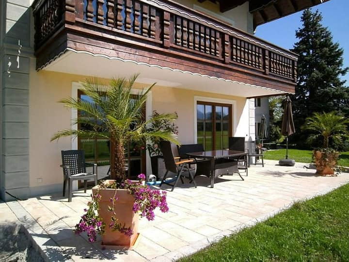 Luxurious Holiday Apartment Sissi with Wi-Fi, Terrace, Pool and Sauna; Parking Available