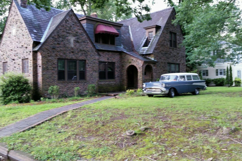 Goldsboro Castle  1932 Grand English Tudor