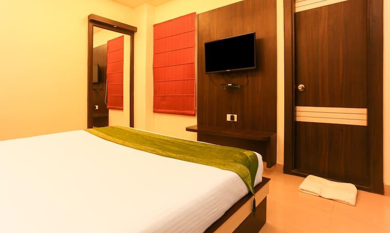 Hotel Janki International By Keymagics Deluxe Room