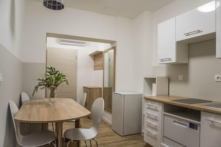 Jantar Apartments - Apartment 3