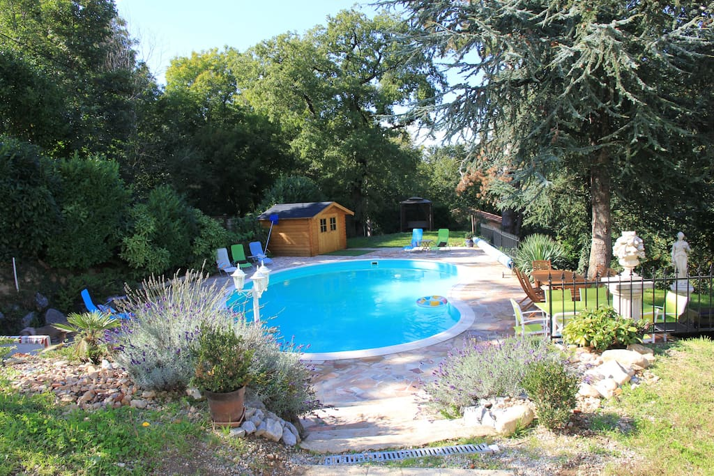 Manoir de 400 m avec piscine dans le tarn 9 chs villen for Piscine mazamet
