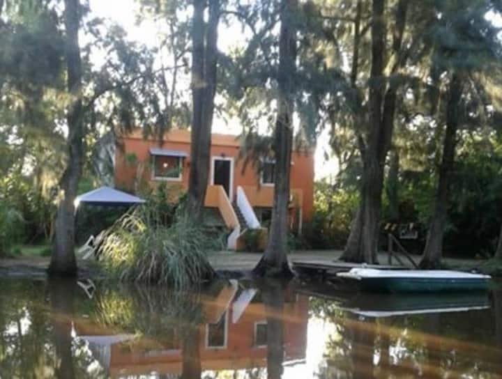 La Naranja - Casa en el Delta de Tigre